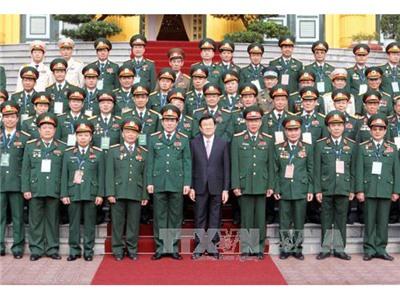 Chủ tịch nước gặp mặt đoàn cán bộ cao cấp cựu chiến binh Quân đoàn 2