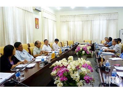 UBND tỉnh: Thông qua các tờ trình chuẩn bị nội dung phục vụ kỳ họp thứ 13, HĐND tỉnh khóa IX