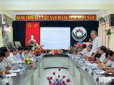 Đồng chí Lê Văn Bình, Phó Chủ tịch UBND tỉnh làm việc với Trường Cao đẳng Sư phạm Ninh Thuận