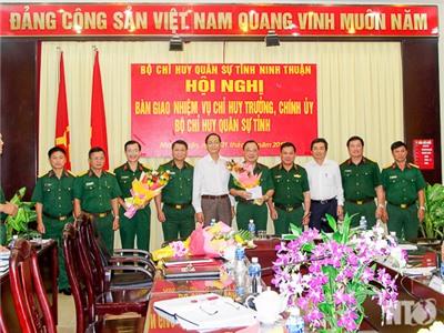 Bộ CHQS tỉnh: Tổ chức hội nghị bàn giao nhiệm vụ Chỉ huy trưởng, Chính ủy Bộ CHQS tỉnh