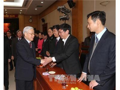 Tổng Bí thư gặp mặt cán bộ, công chức Văn phòng Trung ương Đảng