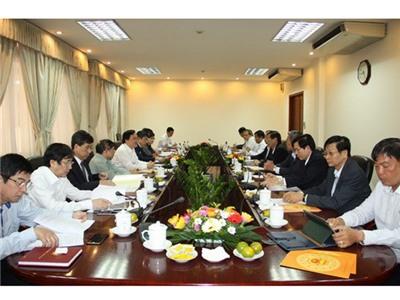 Tìm giải pháp hỗ trợ GD&ĐT tỉnh Ninh Thuận phát triển