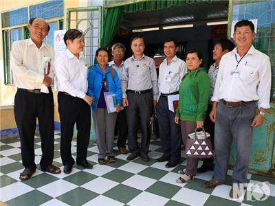 Đồng chí Nguyễn Bắc Việt, Phó Bí thư Thường trực Tỉnh ủy, Trưởng Đoàn ĐBQH đơn vị tỉnh tiếp xúc cử tri