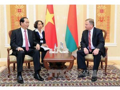 Chủ tịch nước hội kiến Thủ tướng Belarus