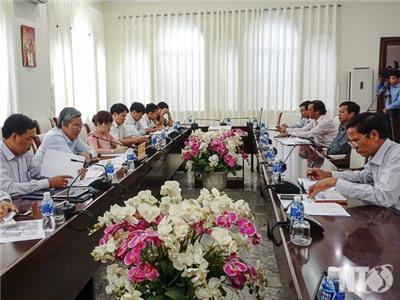Đồng chí Lê Văn Bình, Phó Chủ tịch UBND tỉnh làm việc với Công ty TNHH Thương mại Minh Trí Ninh Thuận