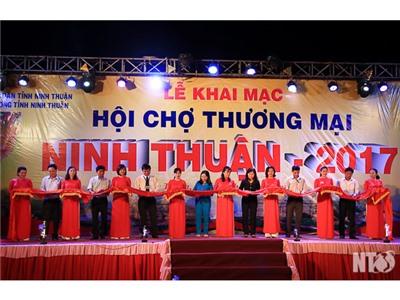 Khai mạc Hội chợ Thương mại Ninh Thuận 2017
