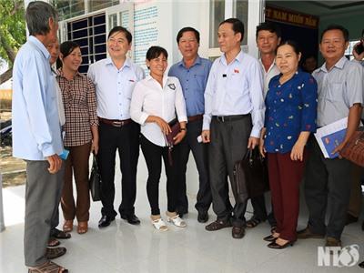 Đoàn đại biểu Quốc hội đơn vị tỉnh tiếp xúc cử tri xã Nhơn Hải và Phước Chiến