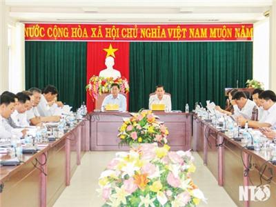 Ủy ban nhân dân tỉnh họp đánh giá kết quả chỉ số năng lực cạnh tranh cấp tỉnh (PCI)