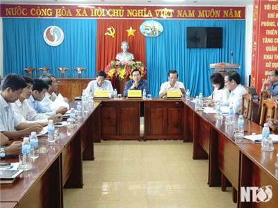 UBND tỉnh Họp nghe báo cáo việc rà soát quy hoạch, kế hoạch sử dụng đất và phương án triển khai thực hiện Nghị quyết số 113/NQ-CP của Chính phủ