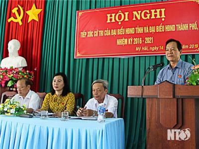 Đồng chí Trần Minh Lực, UVTV Tỉnh ủy, Phó Chủ tịch HĐND tỉnh tiếp xúc cử tri phường Mỹ Hải