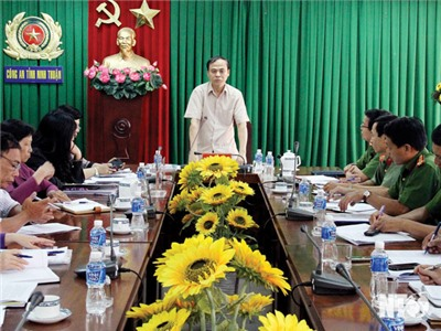 Đoàn Đại biểu Quốc hội đơn vị tỉnh làm việc với UBND tỉnh về thực hiện chính sách, pháp luật phòng cháy, chữa cháy giai đoạn 2014-2018